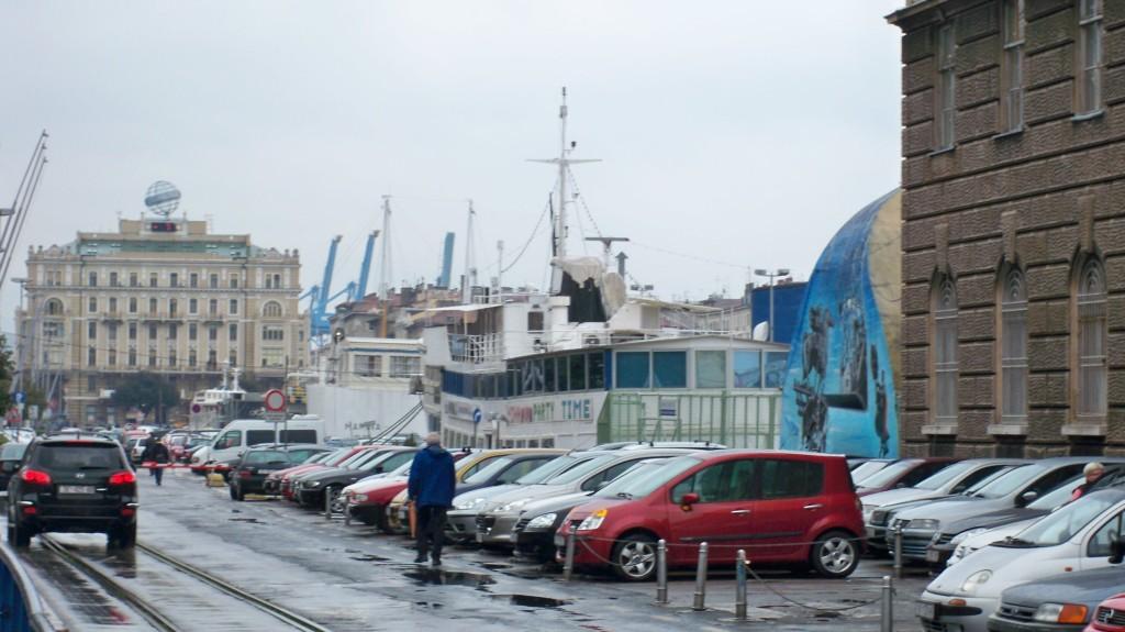 Hafenstadt Rijeka in Kroatien © weltvermessen.de