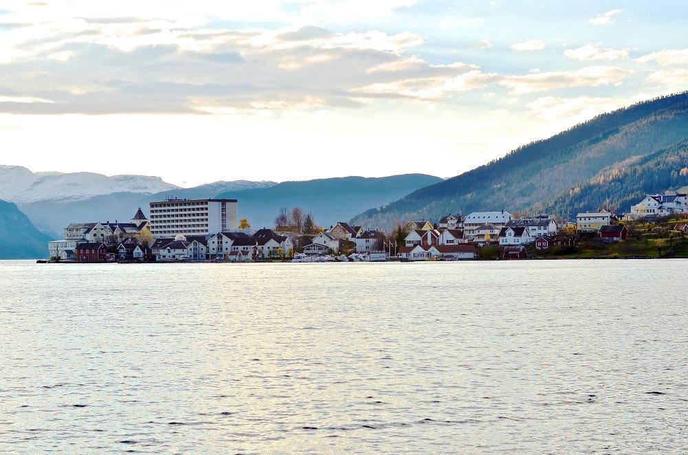 Balestrand Panorama03