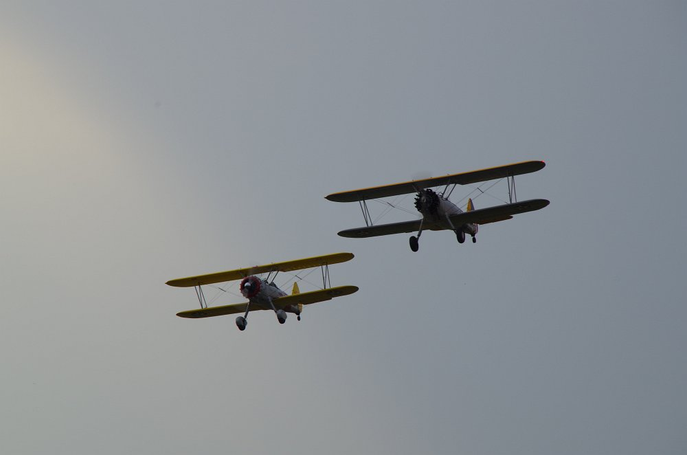 Stearman fly inn Bienenfarm 010