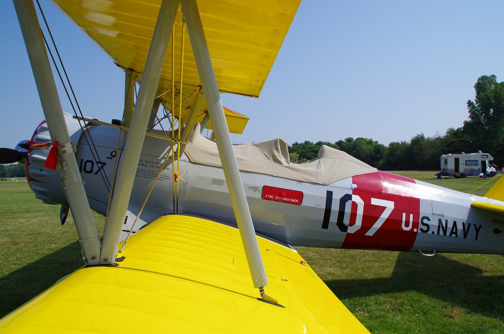 Stearman fly inn Bienenfarm 175
