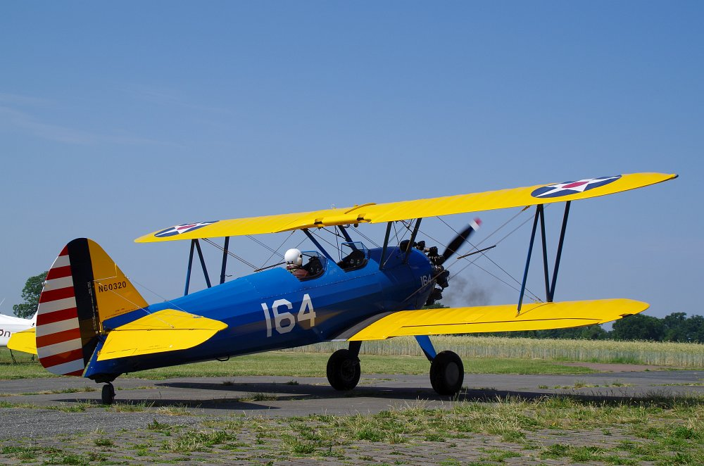 Stearman fly inn Bienenfarm 186