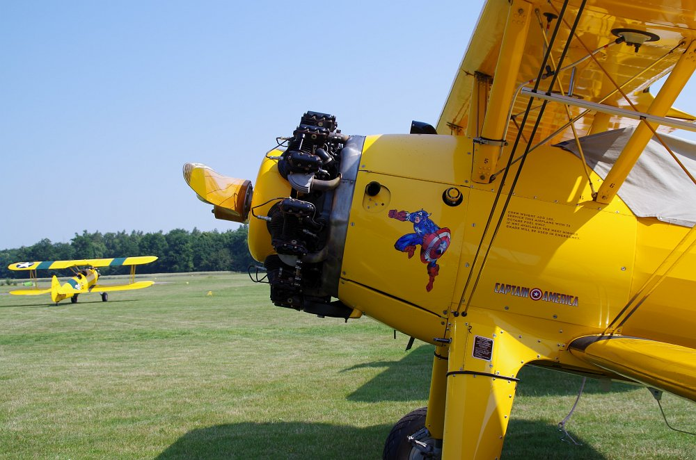 Stearman fly inn Bienenfarm 210