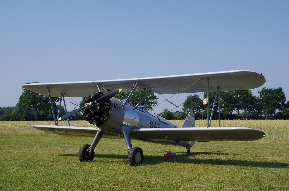 Stearman fly inn Bienenfarm 237