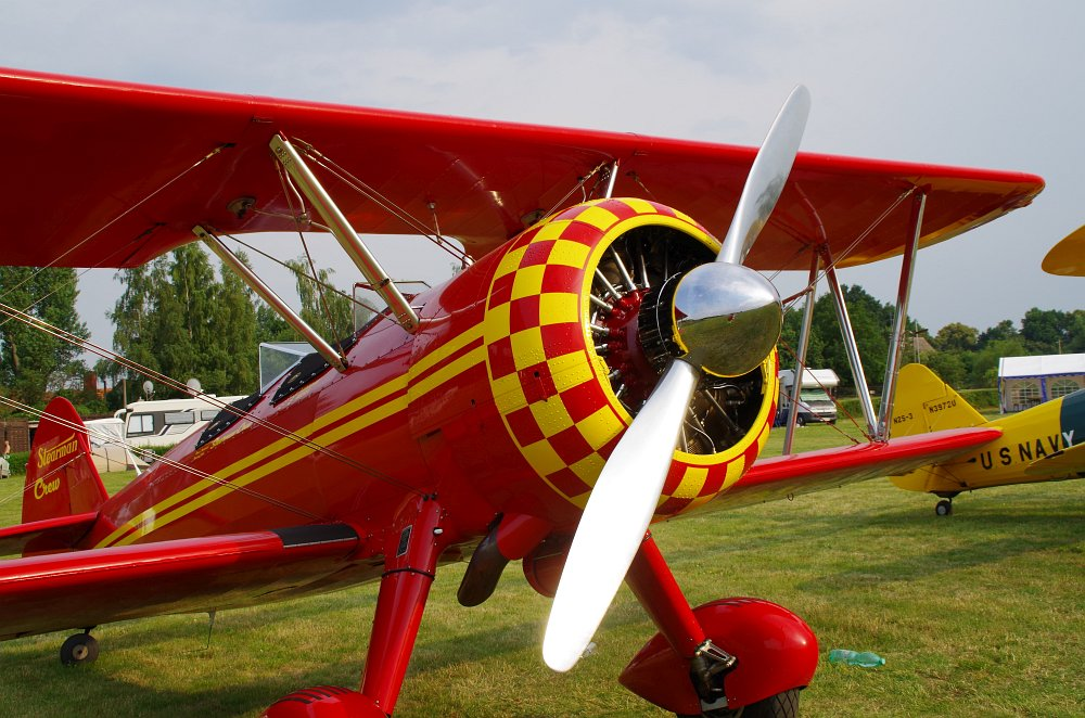 Stearman fly inn Bienenfarm 302